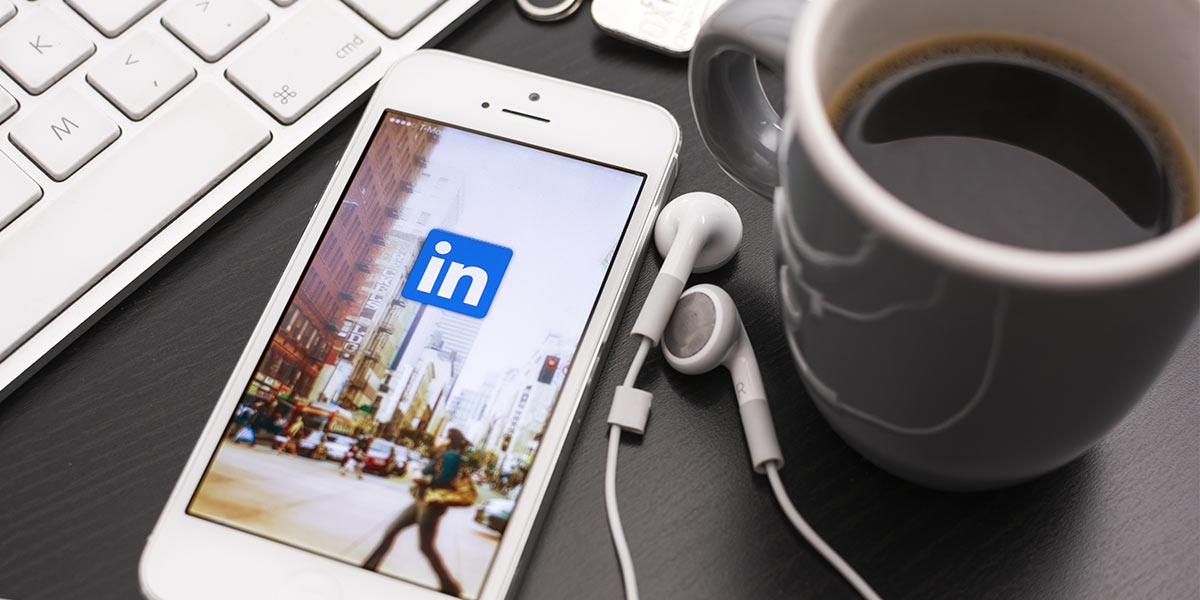 Vídeos, Hashtags e um novo design? O LinkedIn está a inovar!